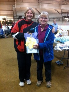 Sharon receiving SAA Top Regular Dog at SK/MB/NU Regionals